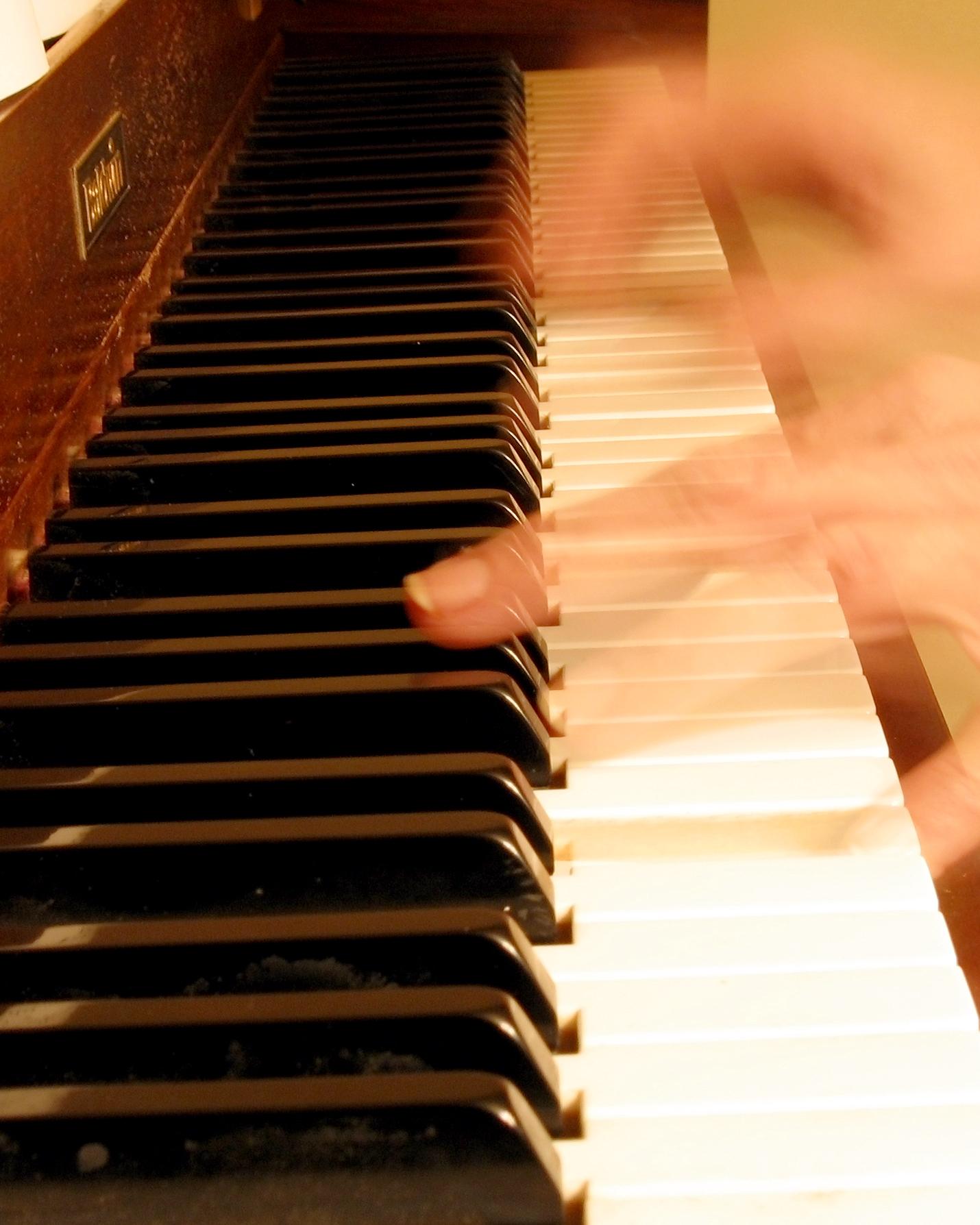 Luyện tập PSs sẽ cung cấp cách nhanh nhất để tăng tốc độ ngón tay.